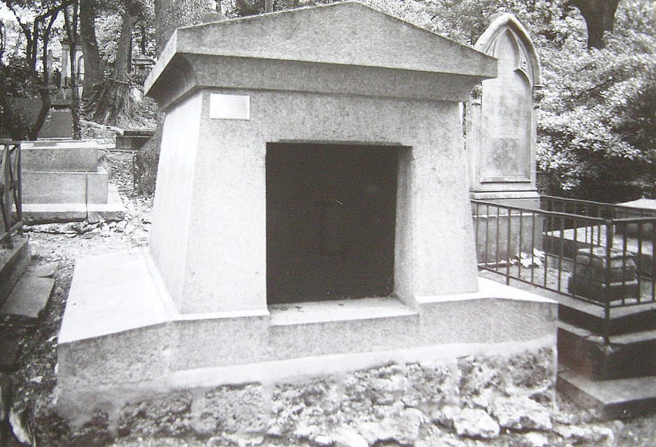 La tombe de Louis-Vivant Lagneau... dans INFO snb10260